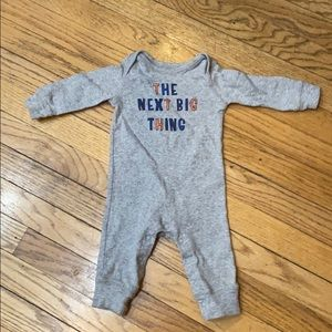Unisex (3-6months) onesie. Perfect for pics!